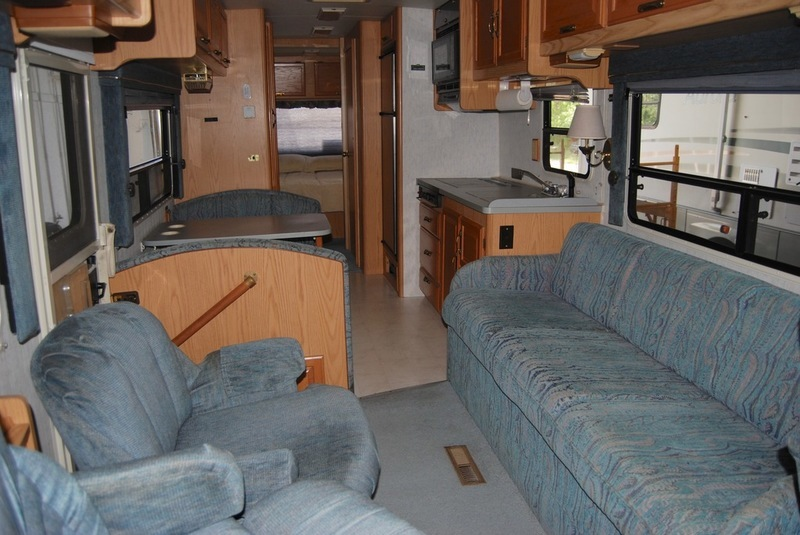1994 Winnebago Chieftan 32RQ