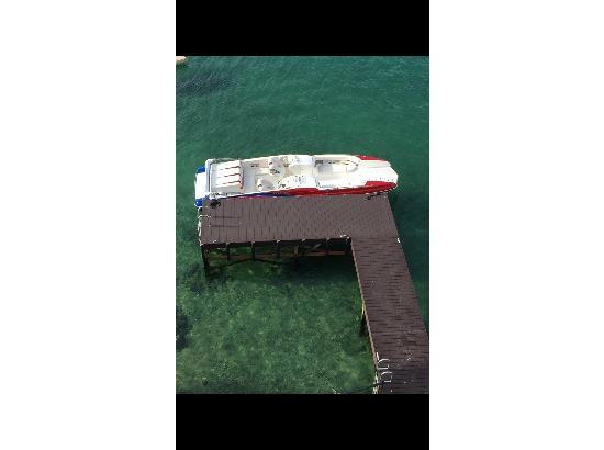 2008 Magic Deckboat