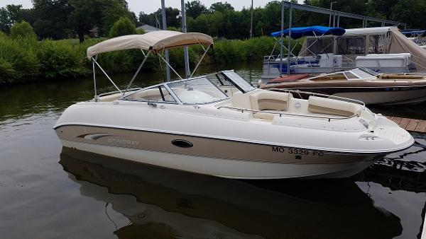 2002 Stingray Runabout 220DS