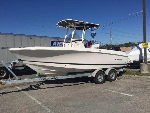2016 Wellcraft 220 Fisherman