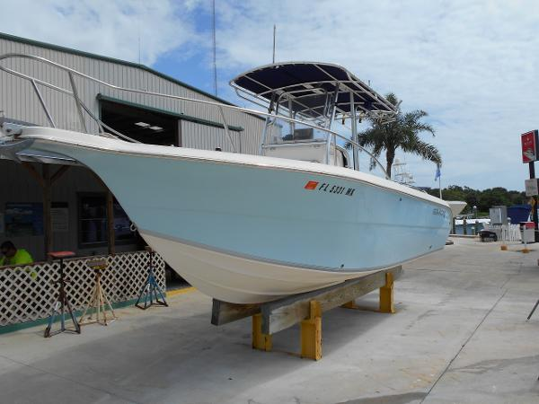 2004 Sea Fox 257 Center Console