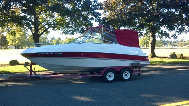 1995 Four Winns Sundowner 225