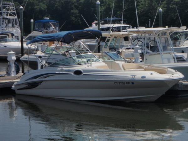 2001 Sea Ray 2001 24 Sundeck