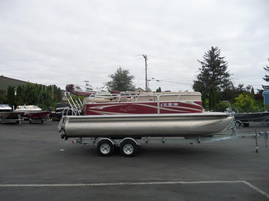 Sun Chaser Pontoon Boats For Sale