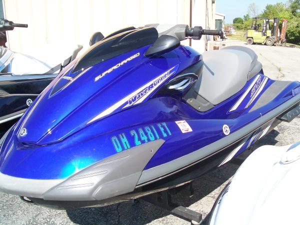 2009 Yamaha Waverunner FZR