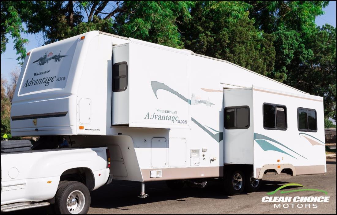 2003 Fleetwood WILDERNESS ADVANTAGE AX6 305RLDS