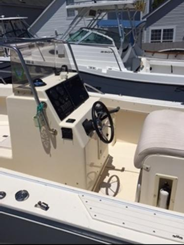 2002 Kencraft 215 Center Console