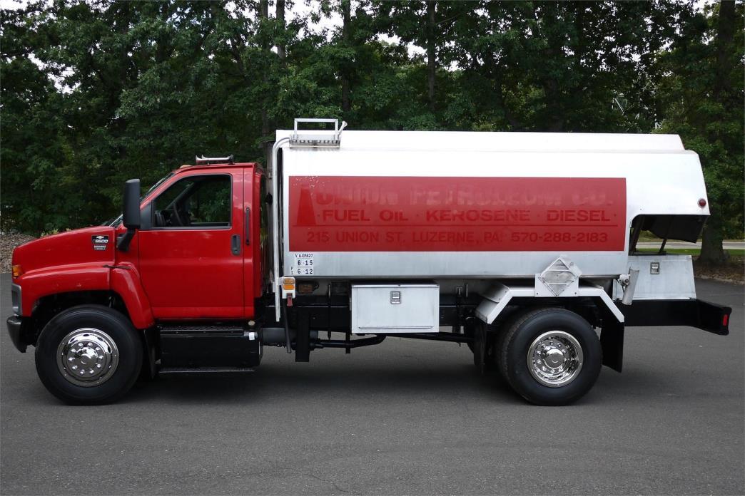 2006 Chevrolet C8500 Tanker Truck