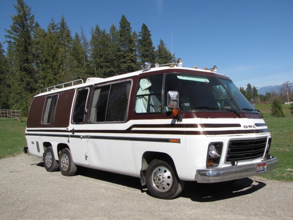 1975 GMC 26'