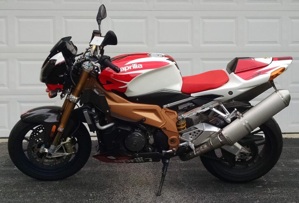 aprilia tuono 1000r motorcycles for sale in illinois. Black Bedroom Furniture Sets. Home Design Ideas