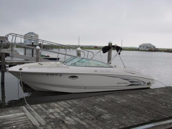 2004 Monterey 248 LS Bowrider