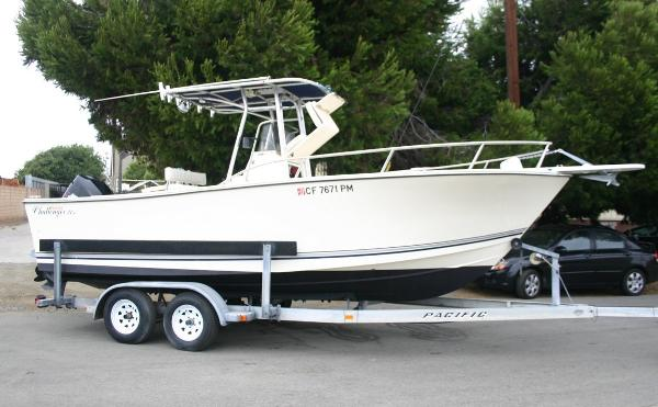 1999 Kencraft 215 Center Console