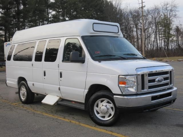 2013 Ford E250 Passenger Van