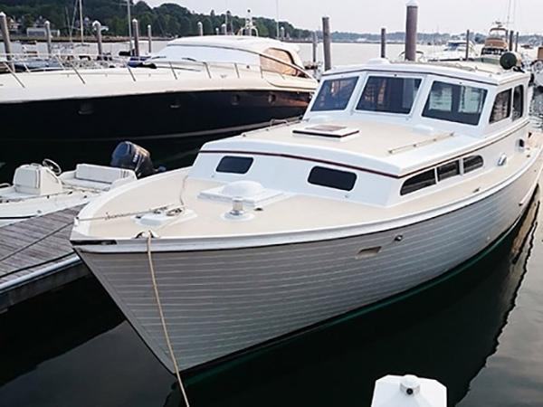 1970 Egg Harbor Sedan Cruiser