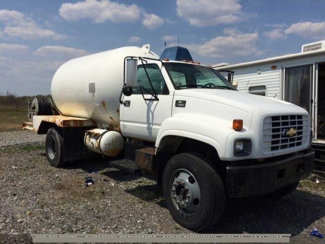 2002 Chevrolet C7500 Tanker Truck
