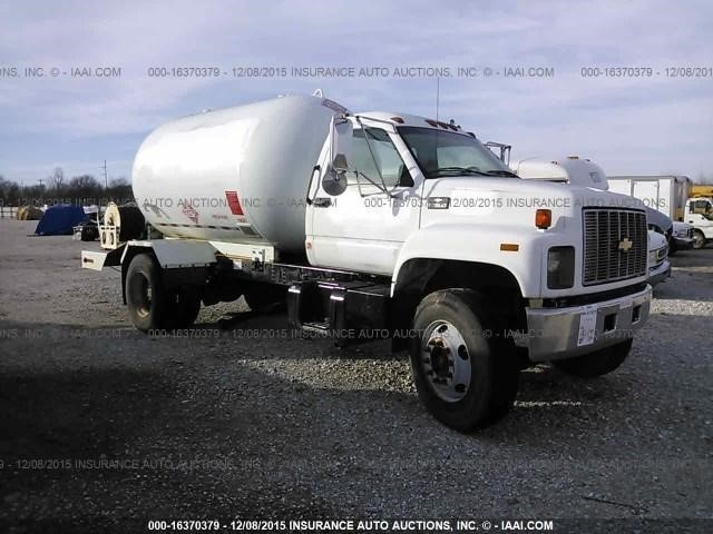 1999 Chevrolet C7500 Tanker Truck