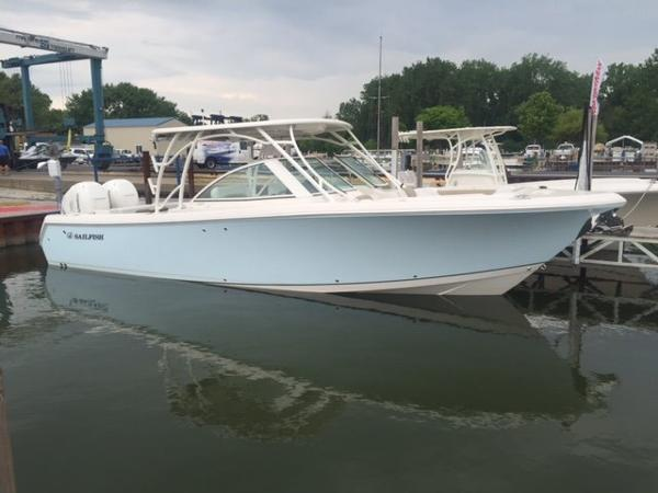 2016 Sailfish 325 Dual Console