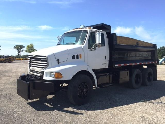 2001 Sterling Lt8513  Dump Truck