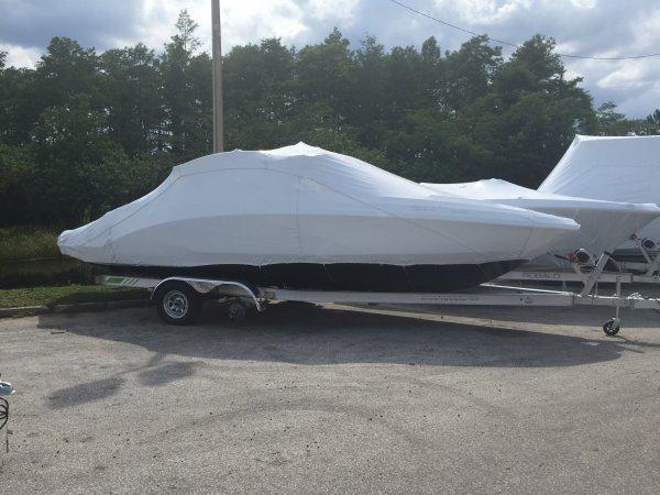 2017 Chaparral 243 VRX Vortex Jet Boat