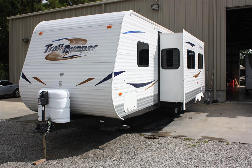 2011 Heartland Rv Trail Runner NC 27 FQBS