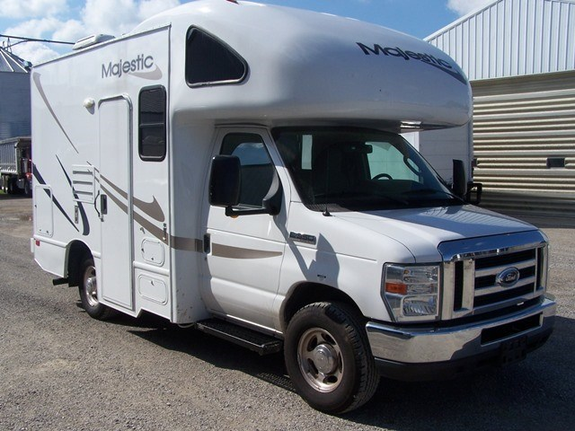 Thor motor coach four winds majestic 19g rvs for sale for Thor motor coach four winds