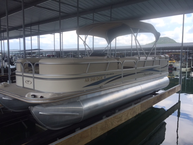 2008 Fisher Boats Freedom 240DLX