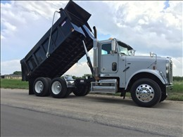 2009 Freightliner Classic Dump Truck