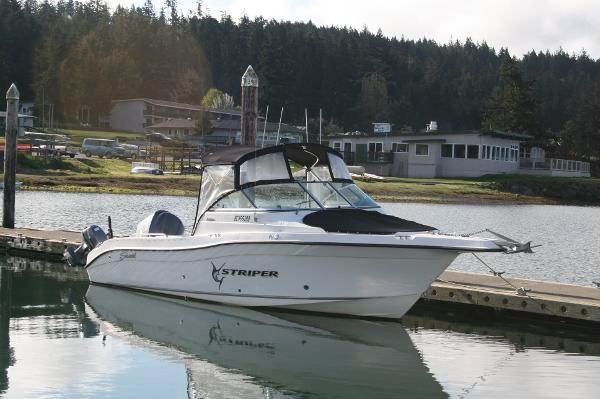 2006 Seaswirl Striper 2301 STRIPER