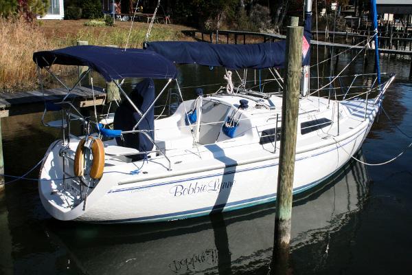 2001 Catalina 270