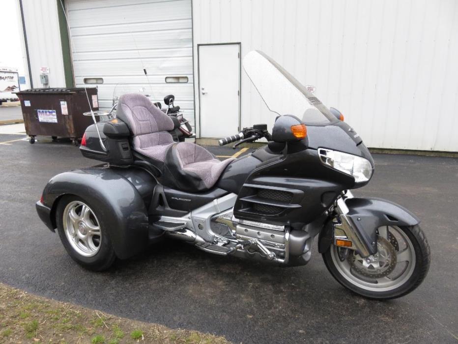 2005 Champion Trikes Honda Goldwing GL 1800 Trike Kit