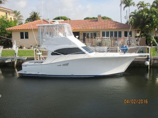 2008 Luhrs Convertable