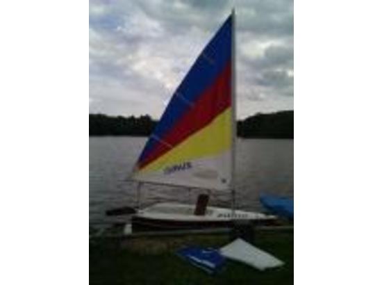 2001 Zuma 12' sail