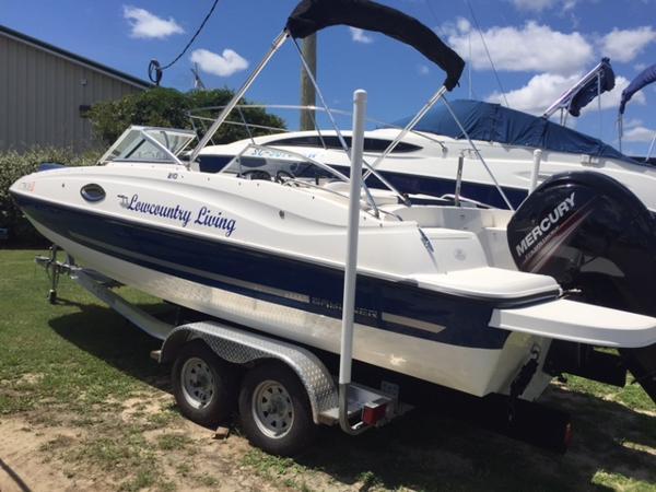 2014 Bayliner 210 Deck Boat