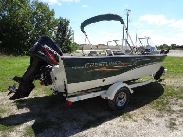 2005 Crestliner Serenity 2000