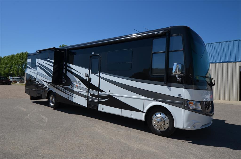 2017 Newmar Canyon Star 3921 Toy Hauler