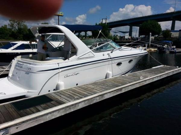 2002 Chris Craft Express Cruiser