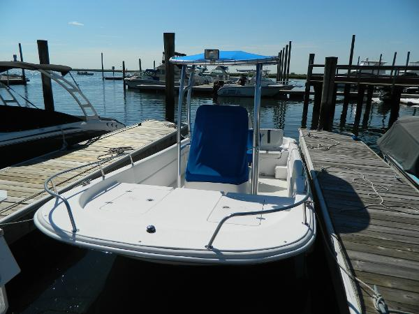 2011 Carolina Skiff DLV 198