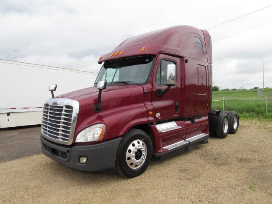 2012 Freightliner Cascadia Evolution Conventional - Sleeper Truck