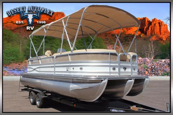 2016 Forest River Trifecta 23RF Pontoon Boat
