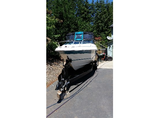 1998 Wellcraft 2400 SC ECLIPSE