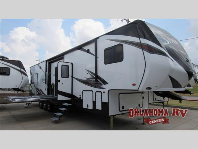 2017 Prime Time Manufacturing Spartan 300 Series 3912X