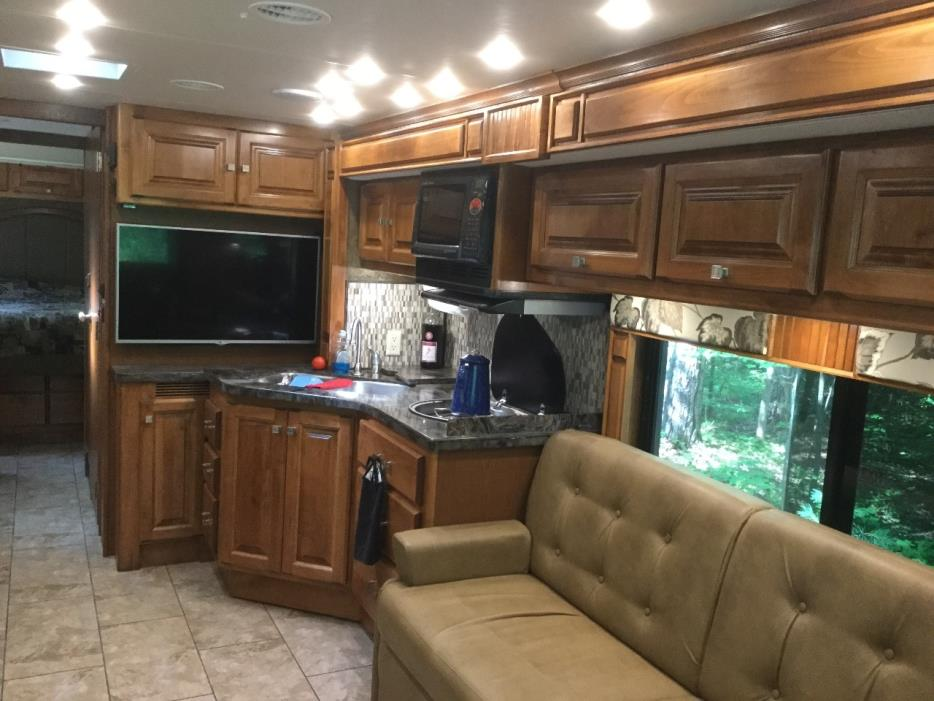 2015 Tiffin Motorhomes ALLEGRO BREEZE 32BR