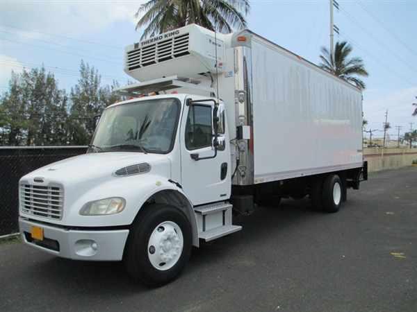 2006 Freightliner M2 106  Refrigerated Truck
