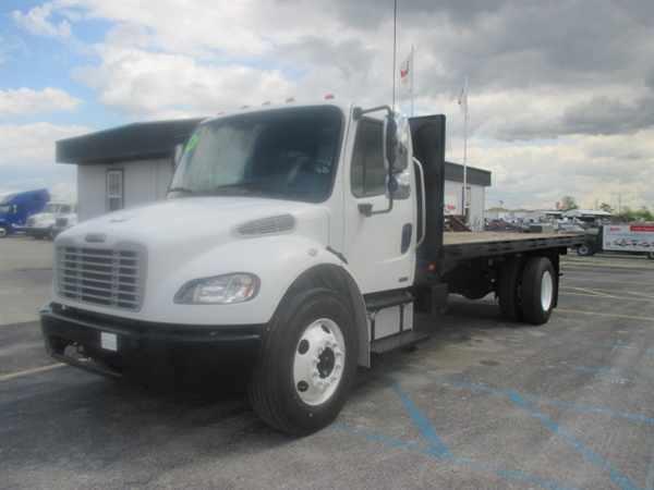 2008 Freightliner M2 106 Flatbed Truck
