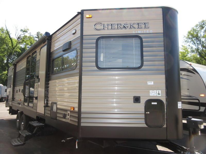 2017 Forest River Cherokee 274VFK