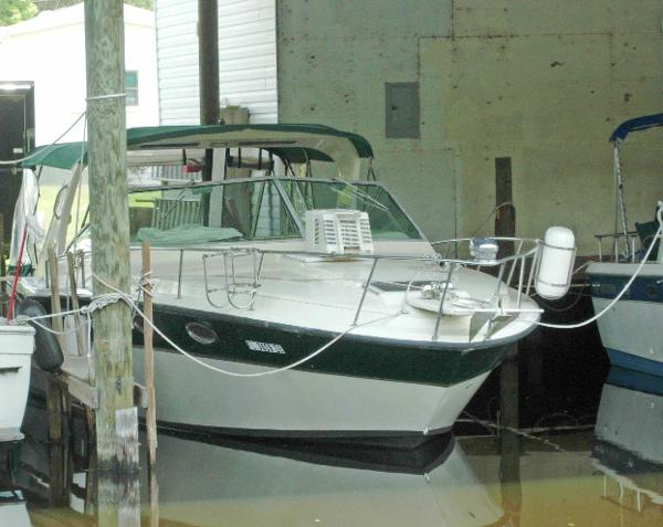 1980 Sea Ray 300 Weekender - Boat Must Go!