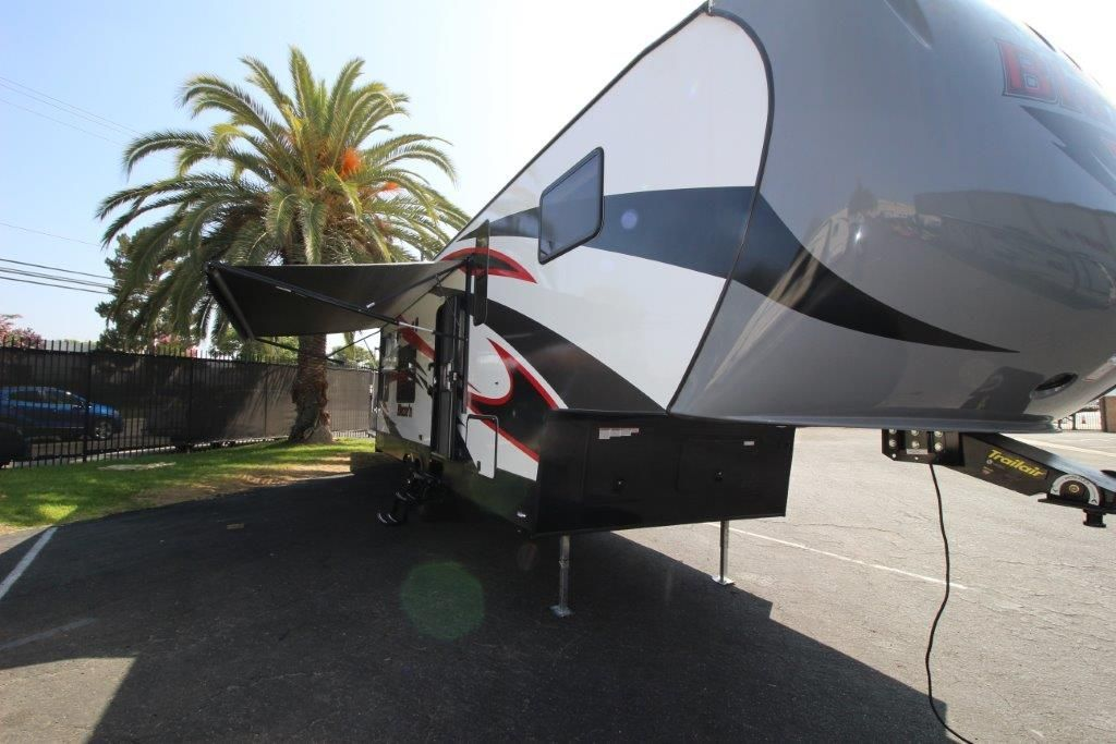 2017 Pacific Coachworks Blazen F295