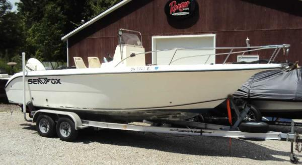 2002 Sea Fox 230 Center Console