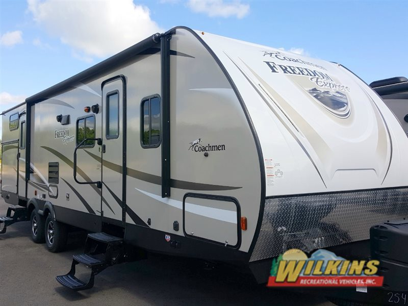 2017 Coachmen Rv Freedom Express 310BHDS
