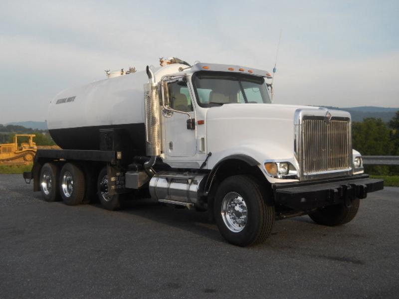 2006 International Paystar 5900i Vacuum Truck